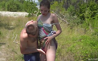 Smooth outdoors fucking upon cock itchy girlfriend Vika Lita