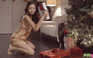 Vina Sky gets some nice dick served to her on Christmas