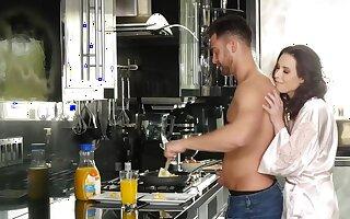 Brunette housewife loves to drink semen near someone's skin morning
