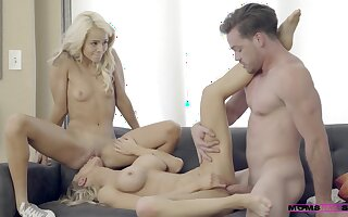 Off c remove Your Mommy Nearly Alix Lynx And Elsa Jean