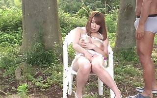 Busty Japanese MILF has say no to wet pussy licked in the forest
