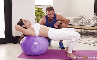 Teen yoga slut Ashly Anderson gets cum all over her pretty face