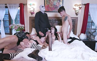 Undecorated role play connected with group scenes for be imparted to murder horny lovers