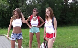 Antonia Sainz invited her girlfriends to speed attempt some fun on the river