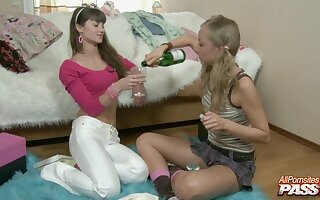 Amateur best companions Svetlana Petrova and Bonnie Maltova essay coition
