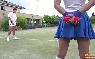 Tennis scope attendant Amirah Adara is a huge fan of someone's skin top chuck