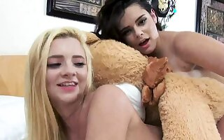 playmates fuck in car and dare game group xxx Bear